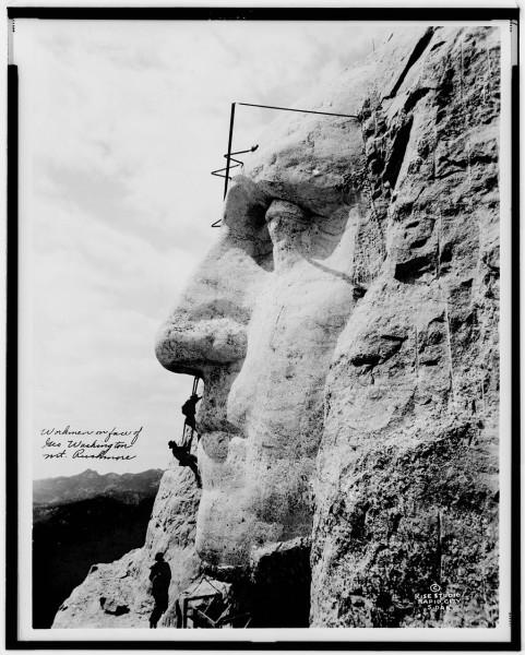 Mount_Rushmore_unrestored