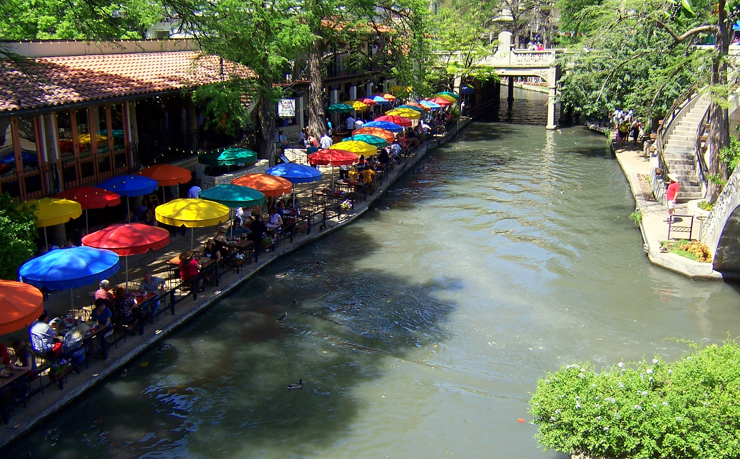 Council selects Go Rio San Antonio as River Walk barge ...