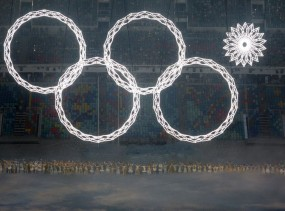Sochi Olympic rings lighting screw up.