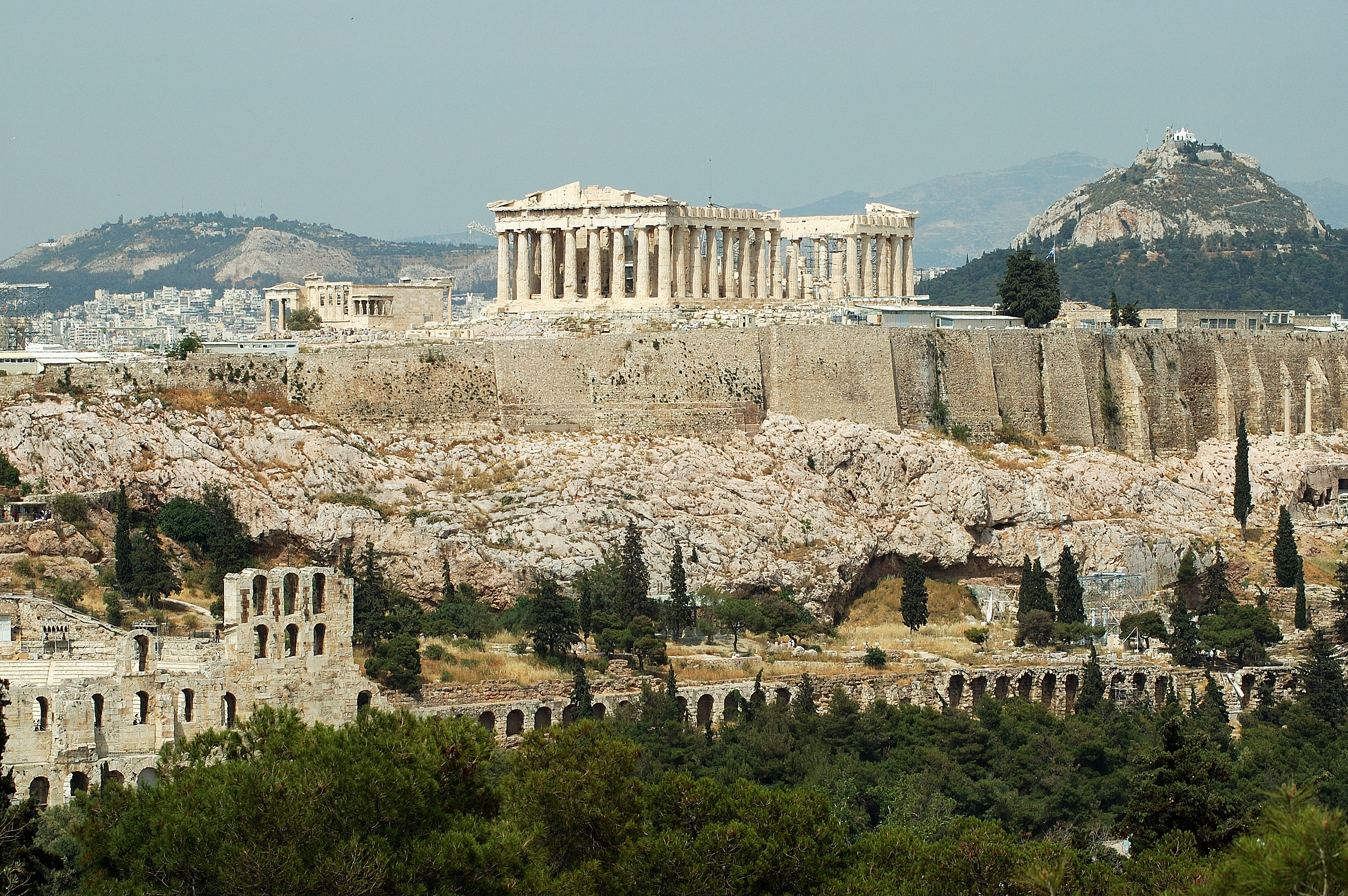 the construction of the acropolis of athens The acropolis of athens is an ancient citadel located on a high rocky outcrop above the city of athens, greece, and contains the remains of several ancient buildings of great architectural and historic significance, the most famous being the parthenon while there is evidence that the hill was.