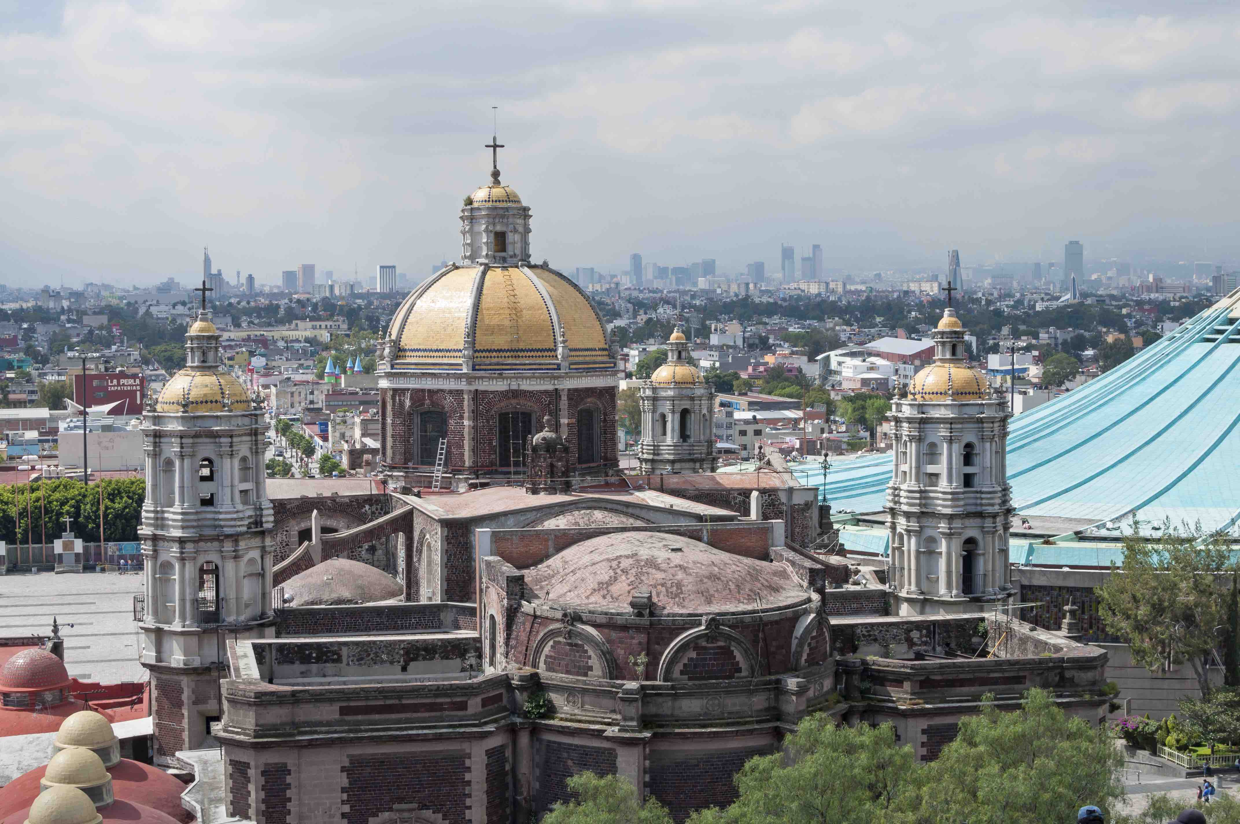 Travel thru history a visit to mexico city tenochtitlan for Travel to mexico city