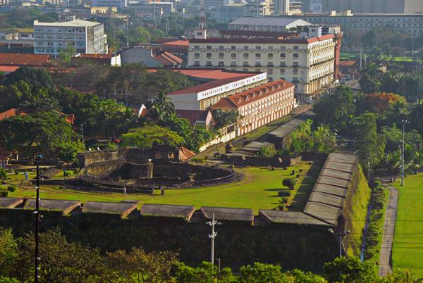 A view into Intramuros.