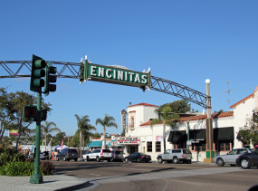 Downtown_Encinitas,_California