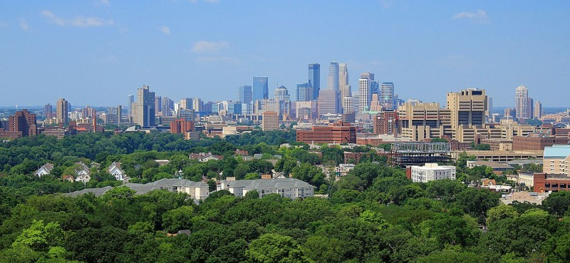 Minneapolis_skyline_from_Prospect_Park_Water_Tower,_July_2014