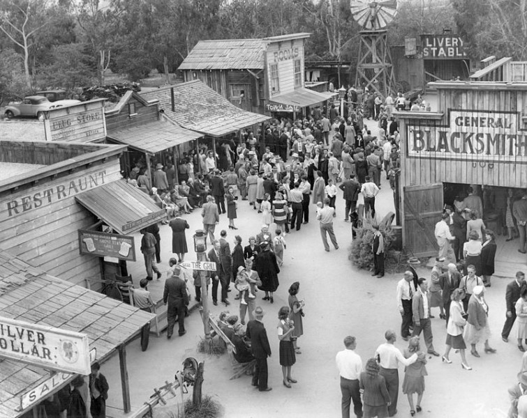 1940 Knott Ghost Town