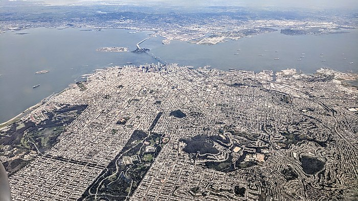 700px-San_Francisco_aerial