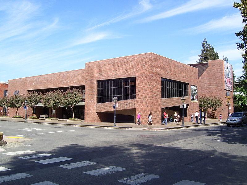 CA State Railroad Museum exterior