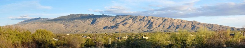 Rincon_mountains_from_edge_of_tucson