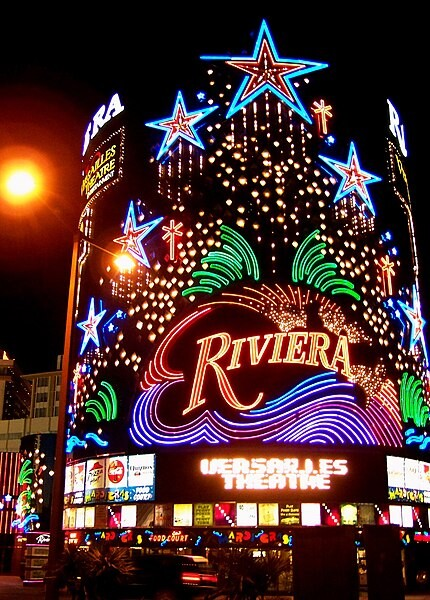 430px-Riviera_Hotel_and_Casino,_Las_Vegas,_Facade_by_night