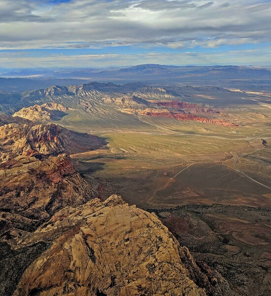 800px-Red_Rock_Canyon_National_Conservation_Area_aerial