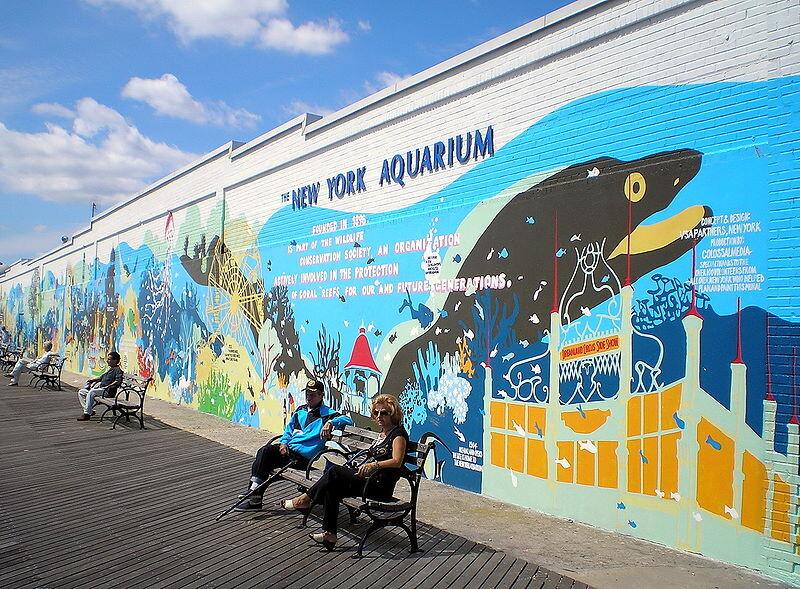 800px-New_York_Aquarium_by_David_Shankbone