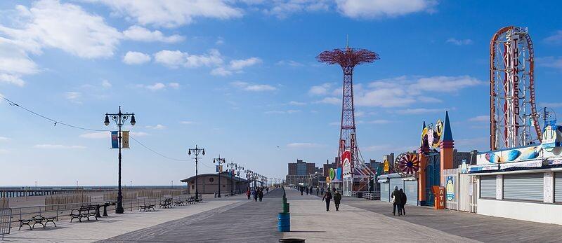 Coney_Island_Boardwalk_1