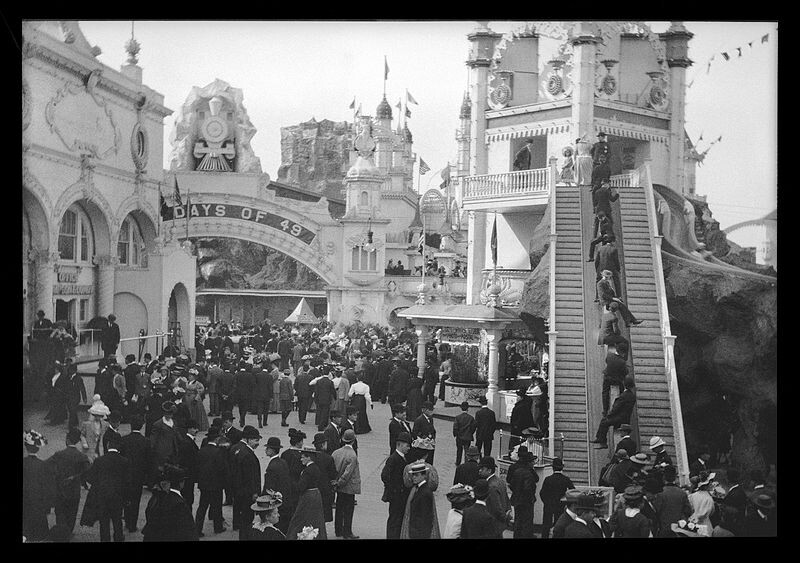 Luna_Park_Coney_Island_Helter_Skelter_2_Eugene_Wemlinger_1909_Brooklyn_Museum