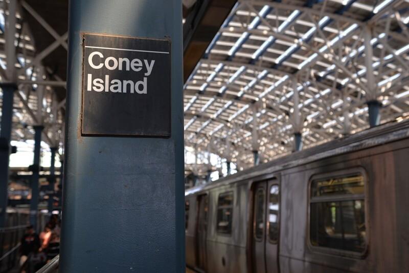 coney-island-2333375_960_720subway