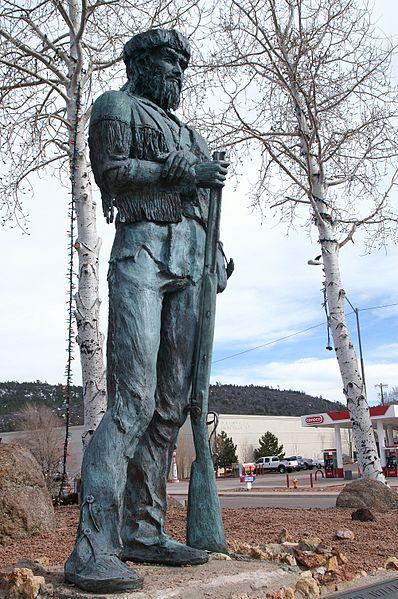 398px-Old_Bill_Williams_statue_in_Williams_Arizona