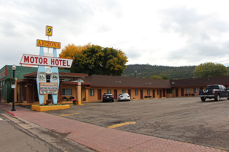 800px-Williams-Motor-Hotel