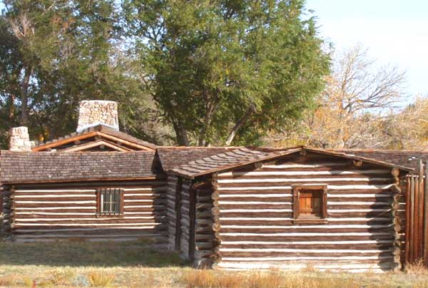 Reconstructed_buildings_at_the_site_of_Fort_Caspar_museum_in_Casper,_Wyoming